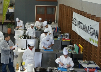 LIVE COOKING & BEVERAGE SERVICE NA EHF